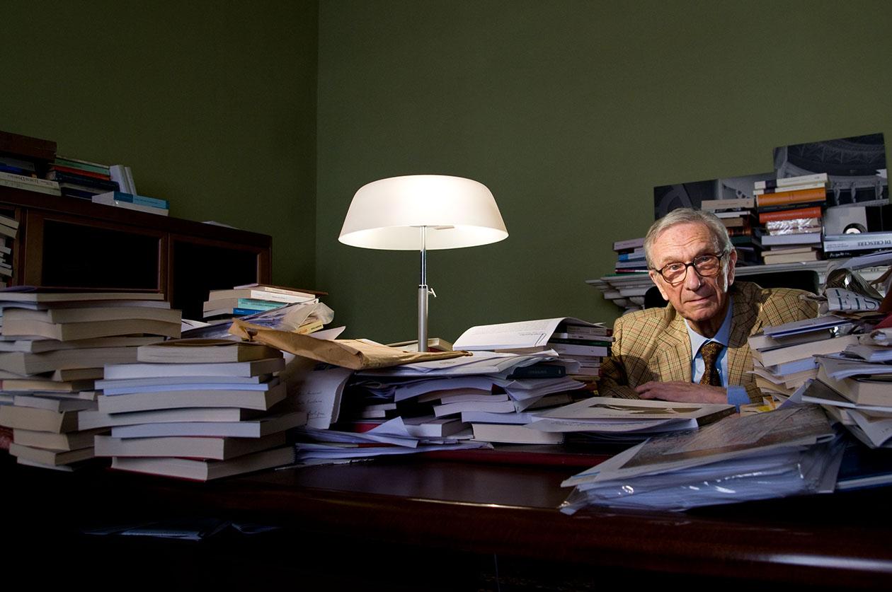 Portraits of via Galliera-